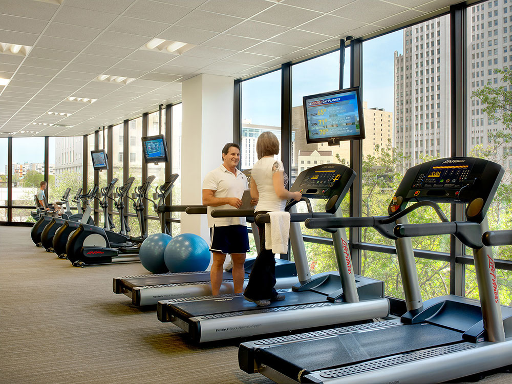 Bank of america fitness center designed by nehring design - Interior design schools in st louis mo ...